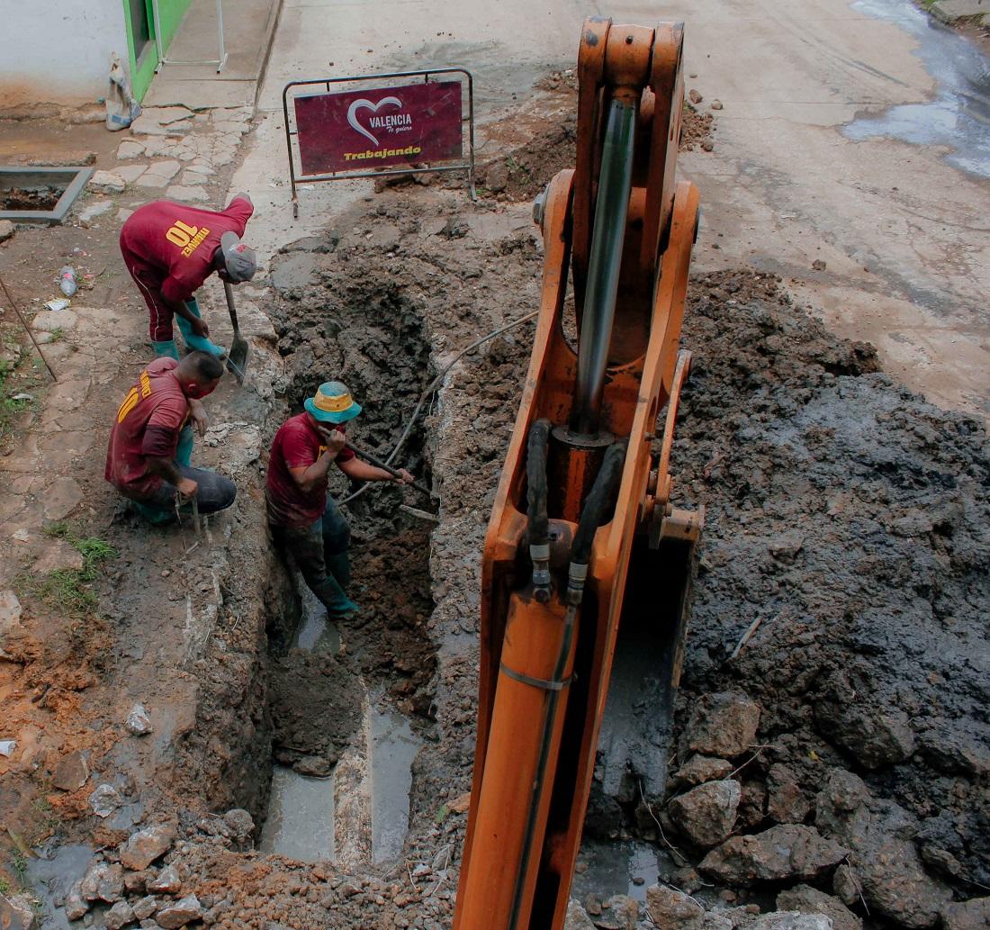 tuberías de red de aguas servidas en La Charneca 2-A  - tuberías de red de aguas servidas en La Charneca 2-A