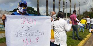Trabajadores de la salud salieron a las calles y piden vacuna anti Covid-19