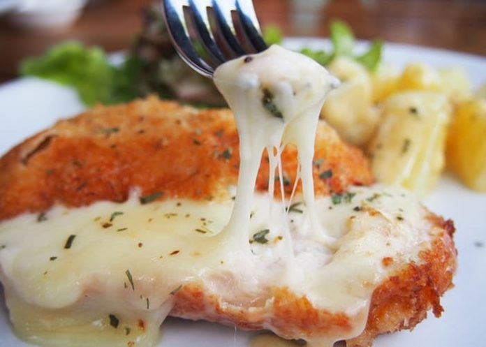 Milanesa de pollo a la parmesana - Milanesa de pollo a la parmesana