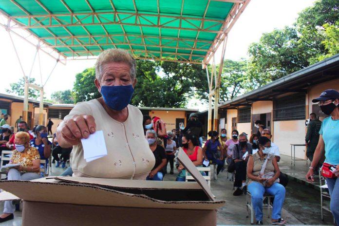 Gustavo Gutiérrez: Naguanagua revolucionaria - Gustavo Gutiérrez: Naguanagua revolucionaria