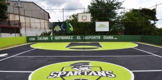 Rehabilitaron cancha deportiva en Barrio Coromoto
