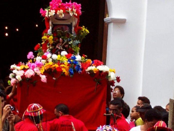 Devotos de San Juan Bautista piden - Devotos de San Juan Bautista piden