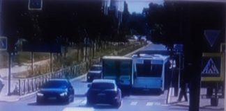camión desaparece tras chocar en Rusia - camión desaparece tras chocar en Rusia