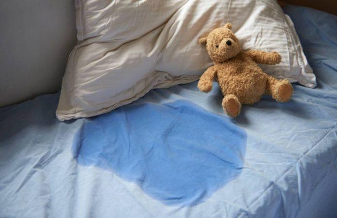 Padrastro hirió a niño por mojar cama en Colombia - Padrastro hirió a niño por mojar cama en Colombia