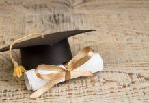 abuela cumple su sueño de graduarse - abuela cumple su sueño de graduarse