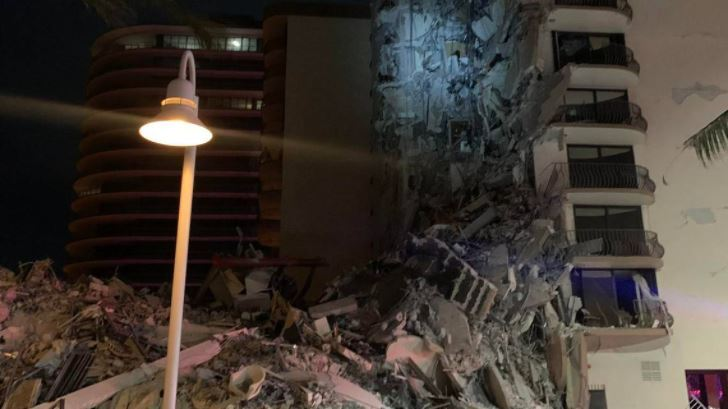 Colapso parcial de edificio en Miami Beach - Colapso parcial de edificio en Miami Beach
