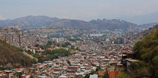 Caracas de nuevo entre fuego cruzado - Caracas de nuevo entre fuego cruzado