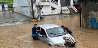 Fuertes lluvias anegaron a Caracas - Fuertes lluvias anegaron a Caracas