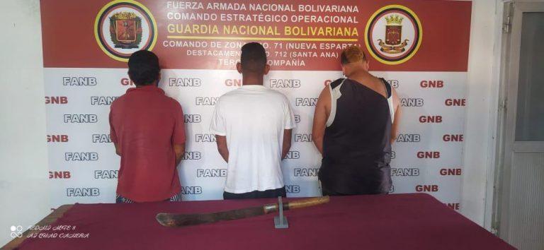 Tres detenidos por maltrato animal en Nueva Esparta