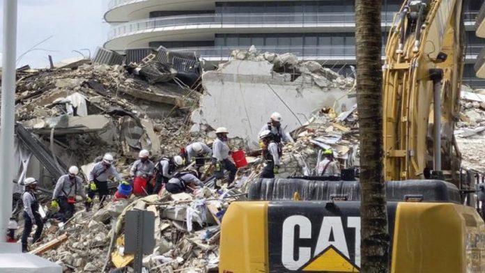 Asciende a 11 muertos edificio en Miami - Asciende a 11 muertos edificio en Miami