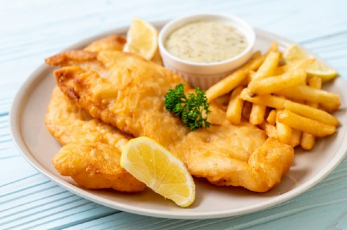 pescado con papas fritas - pescado con papas fritas