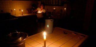 Vecinos de la Urb. Camoruco sin luz - Vecinos de la Urb. Camoruco sin luz