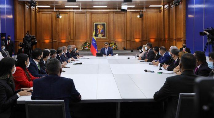 Maduro solicitó propuestas a la Comisión Especial de Diálogo Paz y Reconciliación
