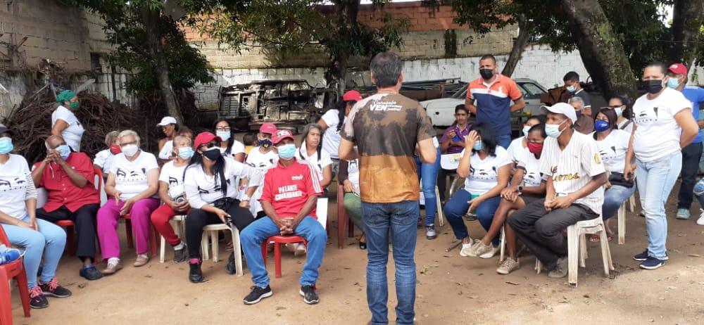 Vielma Mora recorrió comunidades del Sur