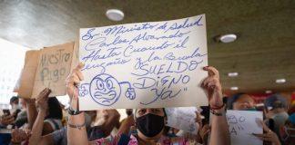 Miembros del sector salud amenazaron con una huelga si no pagan sus salarios