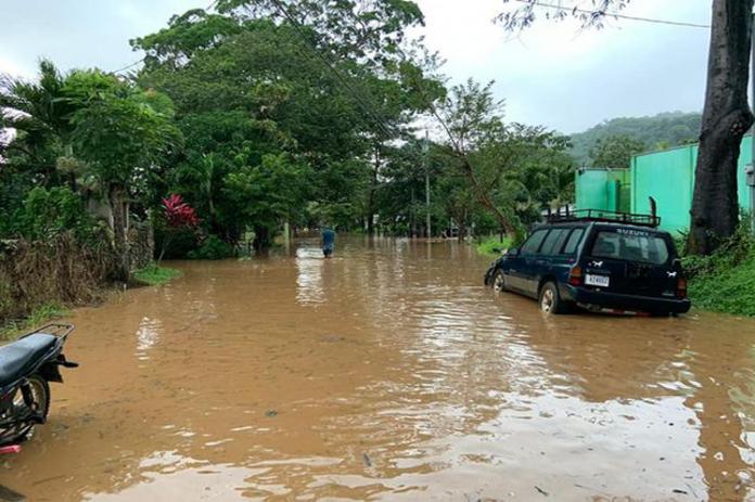 Lluvias provocan inundaciones en Costa Rica - Lluvias provocan inundaciones en Costa Rica