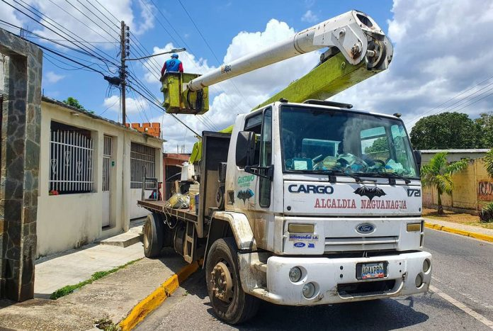 Instalan lámparas led en Vivienda Rural