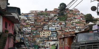 Caracas continúa bajo fuego - Caracas continúa bajo fuego
