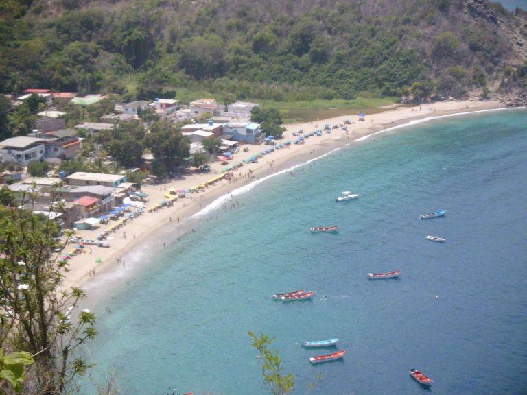 ¡Enamórate! Chichiriviche de La Costa te espera al oeste de La Guaira