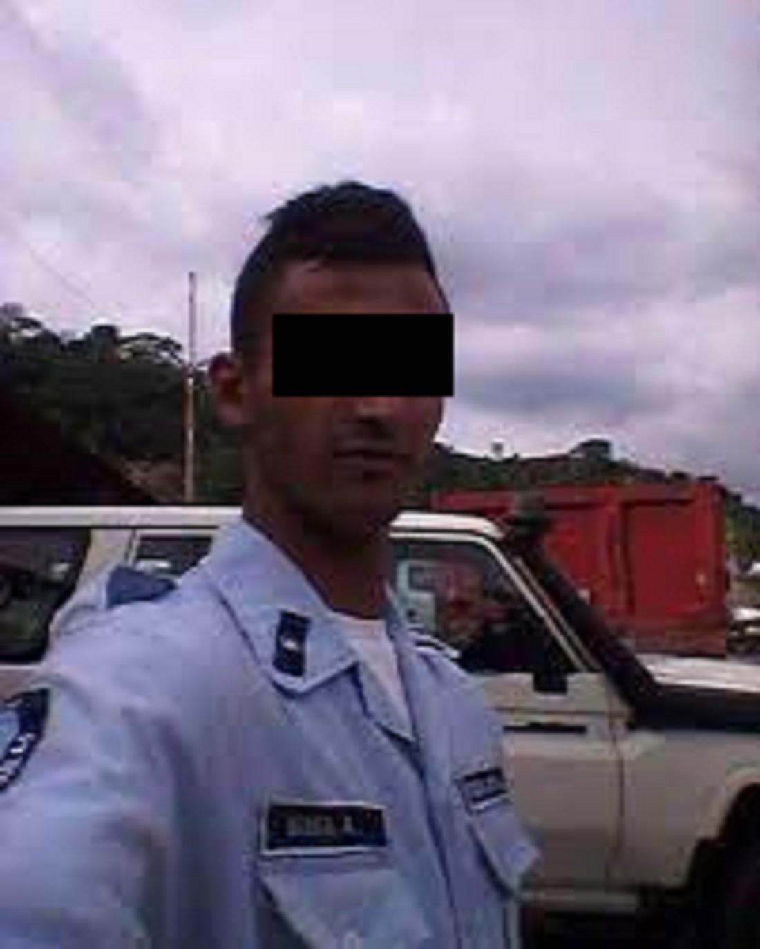 Ex policía torturó y violó a niño - Ex policía torturó y violó a niño