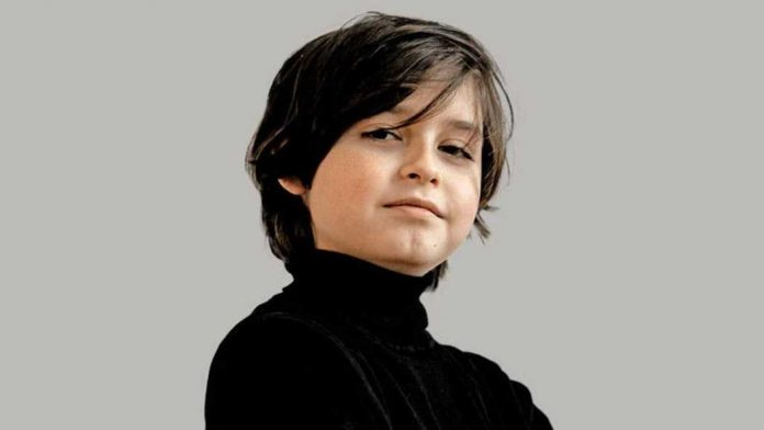 Niño belga culmina carrera de Física - Niño belga culmina carrera de Física