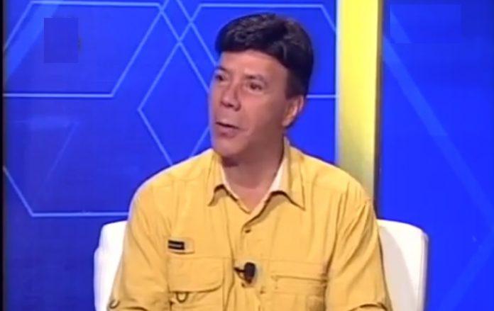Luis Reyes - Luis Reyes