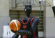 Robot basquetbolista encestó tres tiros - Robot basquetbolista encestó tres tiros