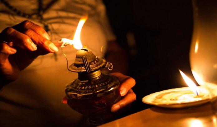 Restablecido el servicio eléctrico en Mariara tras estar 20 horas sin luz