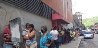 Fallas en plataforma del Banco de Venezuela generan largas colas para efectuar reclamos