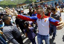 Gustavo Gutiérrez: Hoy la democracia está más viva - Gustavo Gutiérrez: Hoy la democracia está más viva