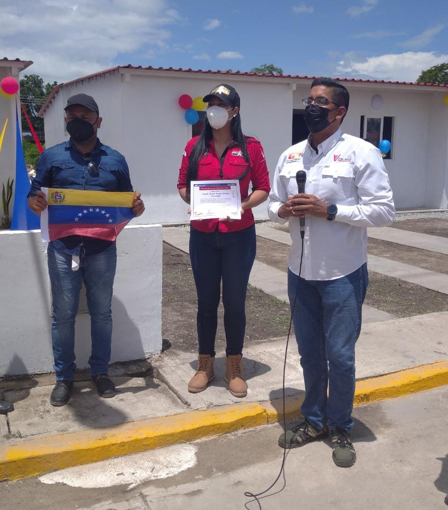 Ildemaro Villarroel y Fairuth Ortega