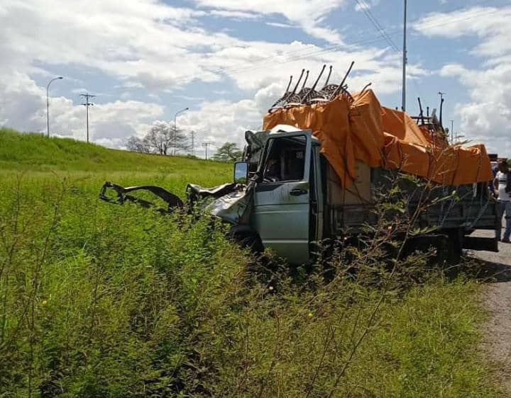Accidente en la Carretera Nacional El Tigre-Barcelona - Accidente en la Carretera Nacional El Tigre-Barcelona