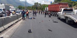 Accidente en Autopista Francisco Fajardo - Accidente en Autopista Francisco Fajardo