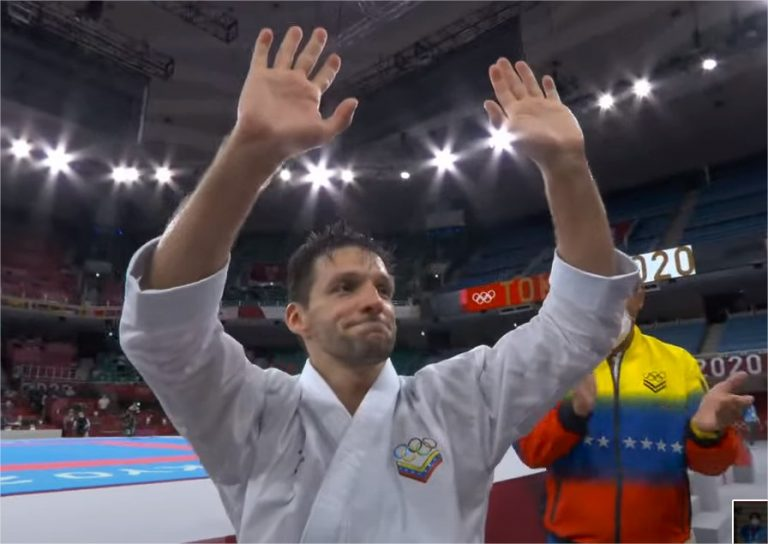 Antonio Díaz se despidió con diploma olímpico