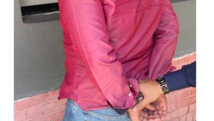 Capturado un hombre por golpear a su esposa - Capturado un hombre por golpear a su esposa