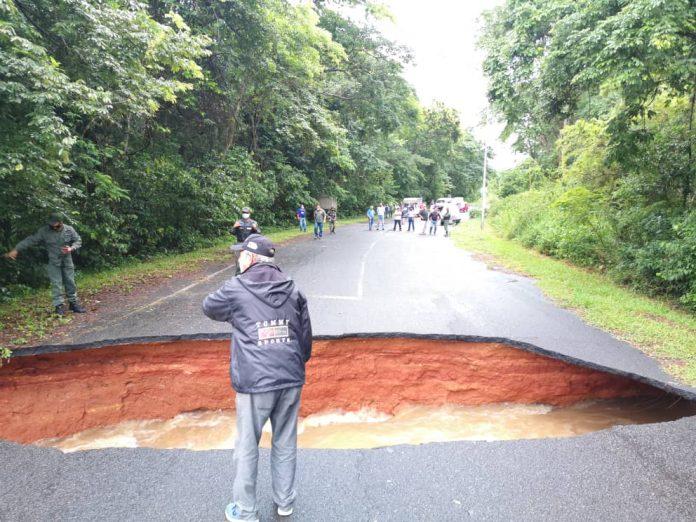 Incomunicadas El Guri y La Paragua - Incomunicadas El Guri y La Paragua