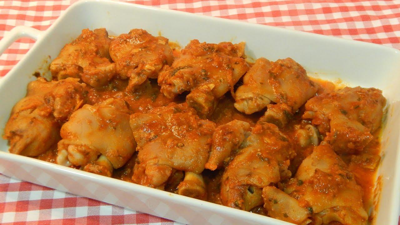 Paticas de cochino en salsa de tomate  - Paticas de cochino en salsa de tomate