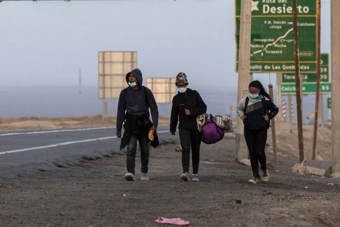 Policía de Chile detuvo a banda que traficaba migrantes venezolanos en la frontera