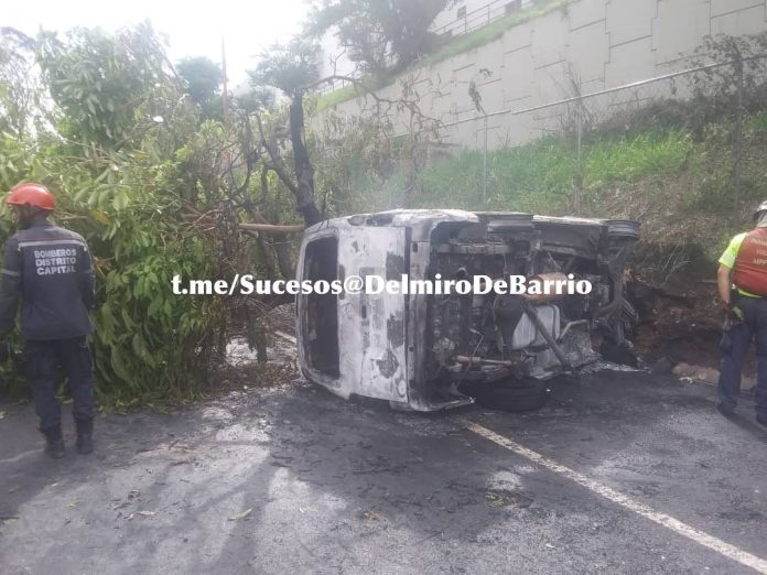 Accidente en la Autopista Francisco Fajardo - Accidente en la Autopista Francisco Fajardo