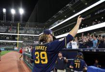 Nuevo récord de juegos sin hit en las Grandes Ligas tras joya de Cerveceros