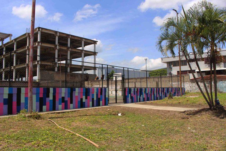 Inició rehabilitación de cancha deportiva en La Campiña I, Naguanagua