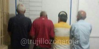 Cuatro ancianos detenidos