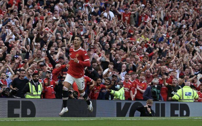 Cristiano Ronaldo marcó doblete en su regreso al Manchester