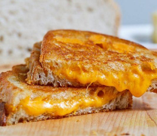 sandwich de queso fundido - sandwich de queso fundido