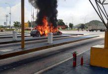 Dos vehículos se incendiaron luego de chocar