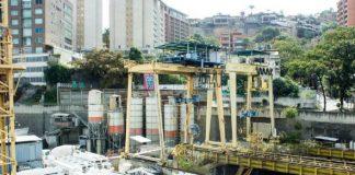 Nicolás Maduro aprobó recursos para terminar obras de transporte que no terminó Odebrecht