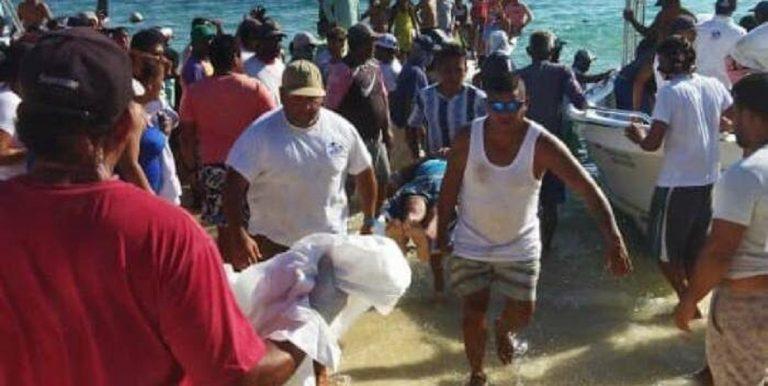 Rescataron a 21 tripulantes de la embarcación Don Rafa Junior en Los Roques