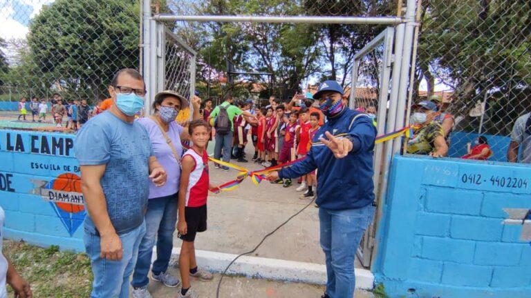 Reinauguran cancha de usos múltiples en La Campiña II, Naguanagua