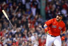 Medias Rojas de Boston avanzaron a la Serie Divisional tras batir a los Yankees de Nueva York