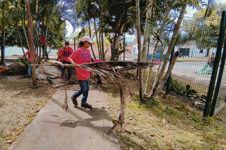 Inició jornada integral de limpieza y desmalezamiento en La Campiña, Naguanagua